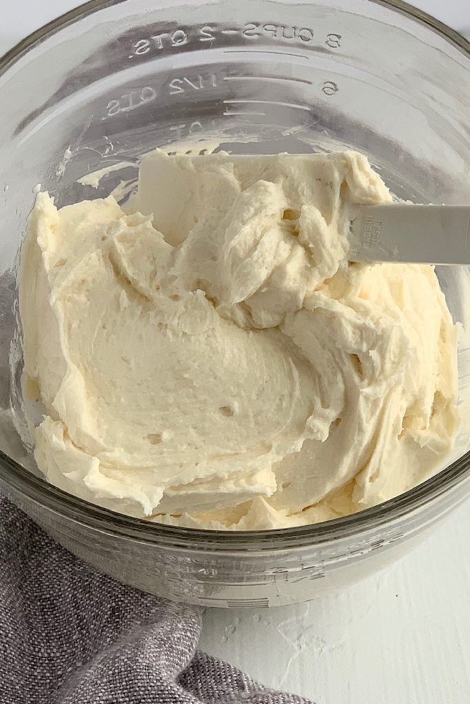 dairy free buttercream frosting in a bowl