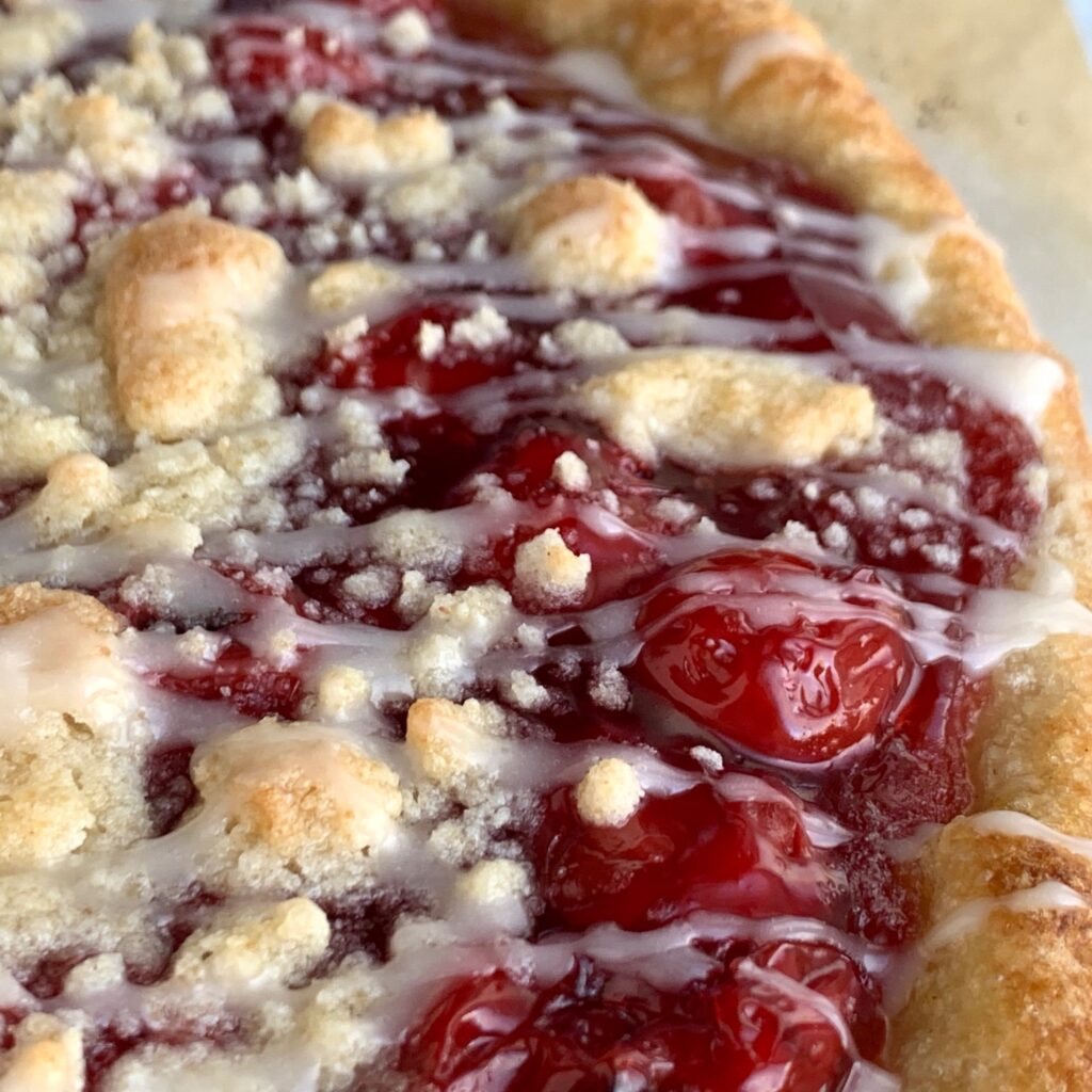 cherry dessert pizza